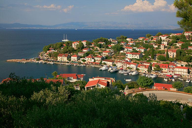 Stomorska, ostrov Šolta, Chorvatsko